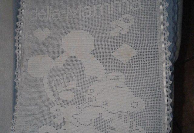 Crochet filet work photo baby blanket with Mickey and teddy bear Facebook Fan Silvana Balistreri
