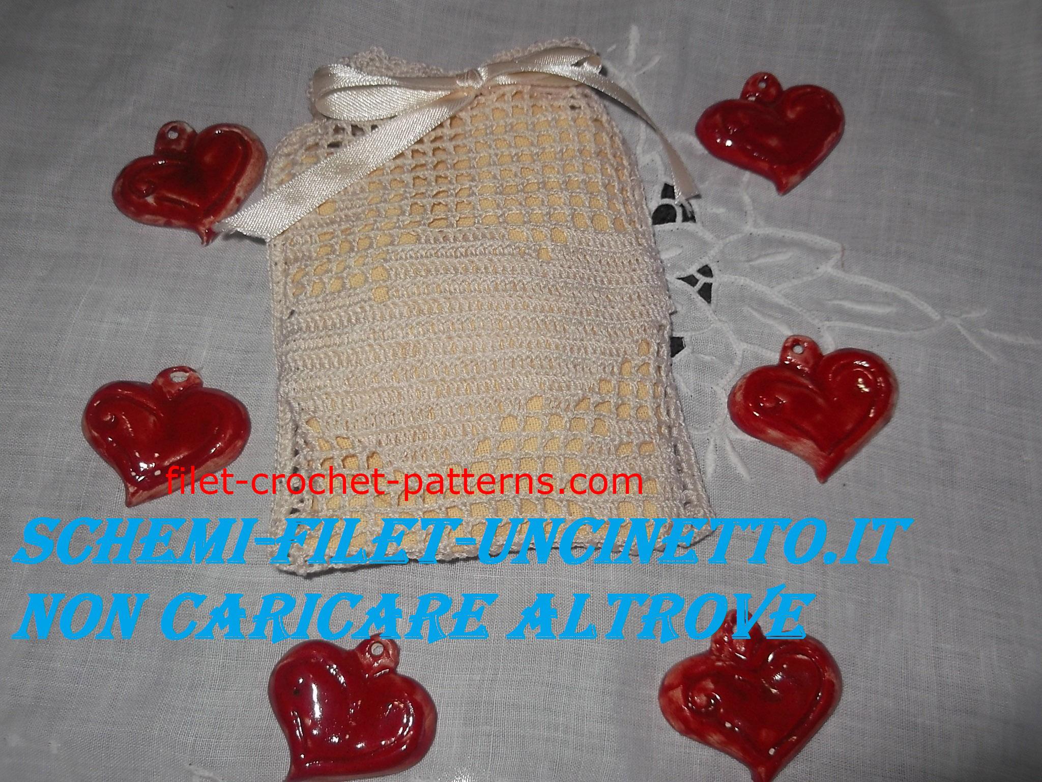 Double hearts favor bag wedding free filet crochet pattern (1)