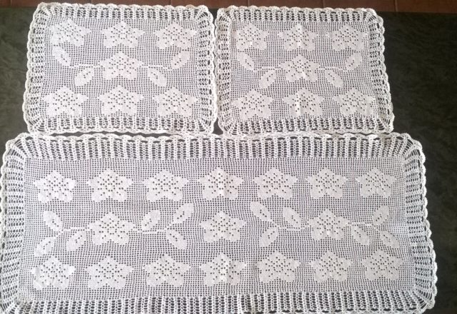Filet crochet triptych work photo author website user Eta